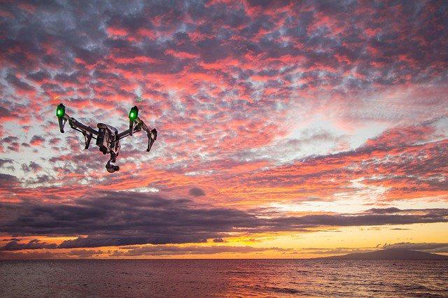 Letecké záběry z bezpilotních prostředků se staly nedílnou součástí filmové tvorby, reklam, dokumentů, sportovních přenosů a mnoha dalších záležitostí tvorby fotografií či videa